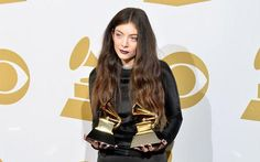 Lorde takes out a full page ad in this national newspaper. on http://www.mamamia.com.au