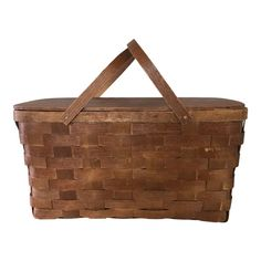 Wicker Picnic Basket, Shaker Style, Linens, Separate, Mid Century, Deep, American, Classic, Interior