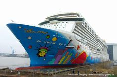 Norwegian Breakaway floated out - February 26th, 2013 - breakaway 0036 - Cruise Ships from Papenburg / Germany#top_display_media