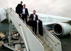 Oilers arrive in Dallas - November 2011 Edmonton Oilers, Hockey Players, Dallas, November, Suits, Country, Boys, November Born, Baby Boys