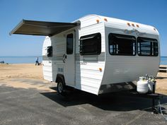 Paradise Coast RV- Locally made new 'vintage' styled light weight travel trailers.