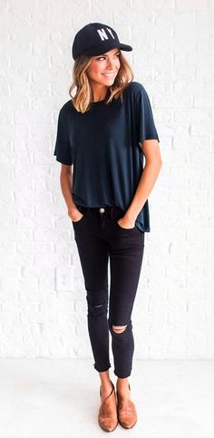 #Summer #Outfits / Navy Blue Shirt + Black Ripped Skinny Pants