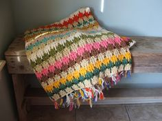 Granny Crochet Couch Afghan by TheClassicButterfly on Etsy a Vintage shop Love Crochet, Crochet Granny, Crochet Stitches, Knit Crochet, Crochet Patterns, Cute Blankets, Knitted Blankets, Yarn Projects, Crochet Projects