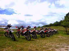 Agriturismo Fattorie Poggio Nebbia: Vacanza in moto presso l'agriturismo Casale Poggio...