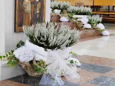 Wedding Pews, Boho Wedding, Wedding Flowers, Wedding Day, Wedding Decorations, Table Decorations, Greek Wedding, Gerbera, Floral Design