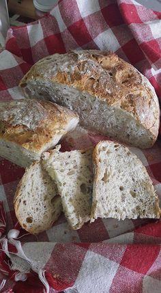 Chia, Ayçekirdek ve Keten Tohumlu Ekşi Maya Ekmek Pastry Art, Baking And Pastry, Banana Bread, Food And Drink, Cooking, Bread Baking, Kuchen, Kitchen, Brewing