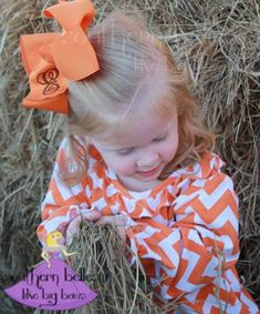 This big monogram bow is so cute for Fall and Thanksgiving pictures!!!