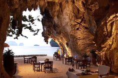 KRABI | In-cave dining at Rayavadee beach resort, Thailand