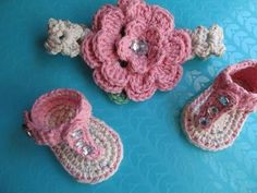 Baby Flip Flops Crochet Pattern Whistle and Ivy - YouTube