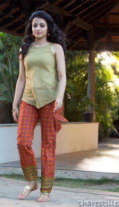 Trisha Krishnan Stills In Yennai Arindhal Movie.#trisha http://www.manchimovies.com