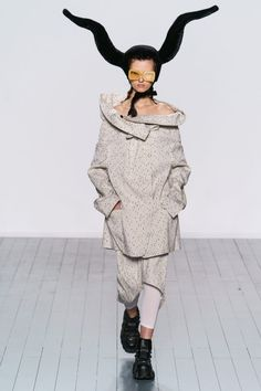 Коллекции | Ready-To-Wear | Осень-зима 2019/2020 | VOGUE Ready To Wear, Vogue, Autumn, How To Wear, Dresses, Fashion, Vestidos, Moda, Fashion Styles