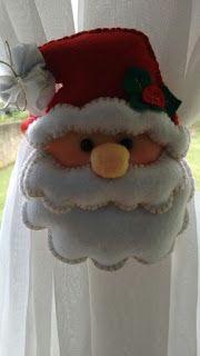 Valéria Luiz's media content and analytics Easy Christmas Ornaments, Felt Christmas Decorations, Felt Ornaments, Simple Christmas, Christmas Art, Christmas Wreaths, Xmas, Holiday Decor, Christmas Cushions