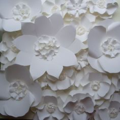 Large paper Flower backdrop - white paper flower -  handmade by Dragonfly Expression - www.weddingpaperflower.com