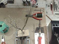 Baumbau---Bau_einer_Eiche_nach _der_Drahtdrillmethode Miniature Trees, Wire Art, Model Trains, Decoration, Garden Design, Projects To Try, Creations, Layout, Sculpture
