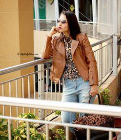 #Fashion #Howto #style #RippedJeans   #CropTop   #Streetstyle #AW2014 #winter #autumn #Whatiwore