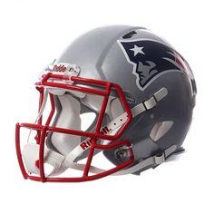 Apoya a los #Pats en su camino al Super Bowl con el casco oficial #NFL.