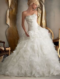 Organza Strapless A-Line Wedding Dress with Tiered Ruffle Skirt - Bridal Gowns - RainingBlossoms