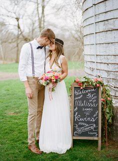bohemian wedding inspiration, photo by Lauren Fair Photography http://ruffledblog.com/stonebrook-farms-bohemian-wedding #weddingideas #weddinginspiration