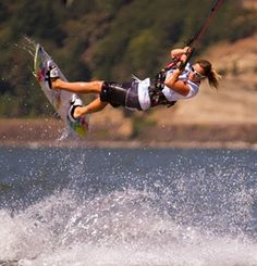 What's more perfectly Portland than a day trip to beautiful Hood River? Check out Hood River fruit stands, wineries, breweries and go kite boarding!
