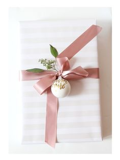 We are so excited to have Margaux from Draw Ink Eat here this Saturday to create personalized holiday ornaments. Shabby Chic Christmas, Pink Christmas, Christmas Colors, All Things Christmas, Christmas Holidays, Christmas Gift Wrapping, Christmas Presents, Holiday Ornaments, Christmas Decorations
