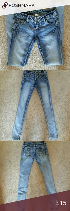 Rebel by Right skinny Jeans Excellent condition. Rebel by Right Jeans Skinny
