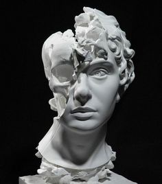 Thought-Provoking Sculpture of Split Head Reveals a Hauntingly Surreal Skull Within - Kopf Art And Illustration, Greek Statues, Ancient Greek Sculpture, Banksy Graffiti, Anatomy Art, Surreal Art, Art Plastique, Skull Art, Aesthetic Art