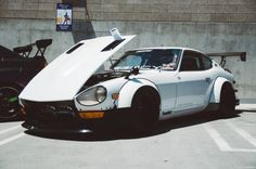 Datsun 240z Tuner Cars, Jdm Cars, Classic Japanese Cars, Classic Cars, 240z Datsun, Nissan Z Cars, Drifting Cars, Modified Cars, Retro Cars