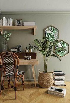Para lembrar ainda mais a natureza combine a parede verde com elementos em madeira Green Rooms, Bedroom Green, Home Office Design, Home Office Decor, Home Decor, Room Colors, House Colors, Living Room Decor, Bedroom Decor