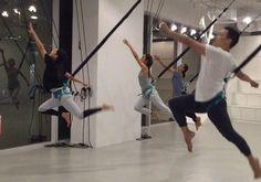 Bungee Dance: a aula de dança suspensa que é tendência na Ásia