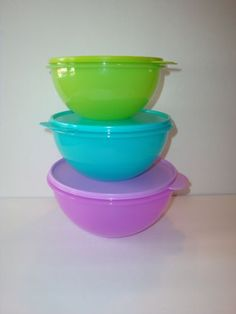 Tupperware Wonderlier Classic Nesting Mixing Bowls 8 Cup Purple New