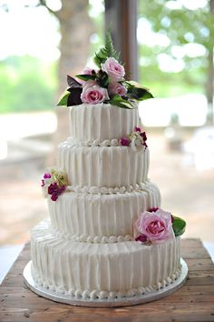 buttercream......simple and beautiful!