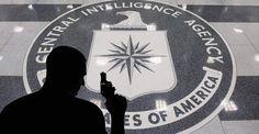 John Brennan, Direktor der CIA, hielt am Freitag, den 16. Oktober 2015 an der Juristischen Fakultät der University of Washington eine Rede. Während des Zeitraums seines kurzfristigen Aufenthaltes a…