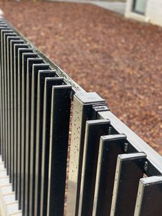 House Fence Design, Fence Gate Design, Railing Design, Door Design, Slatted Fence Panels, Steel Fence Panels, Cat Fence, Front Fence, Timber Fencing