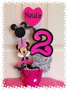 Minnie Mouse Party Piece by RaeofSunshinedesign on Etsy Minnie Mouse Birthday Decorations, Mickey Birthday, Mickey Minnie Mouse, 2nd Birthday Parties, Birthday Ideas, Minnie Bow, Birthday Centerpieces, Glitter Cards, Mouse Parties