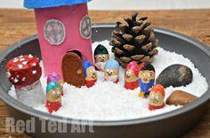 Winter Small World Play Snow White