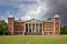 Osterley Park is a mansion set in a large park of the same name. It is in the London Borough of Hounslow , part of the western suburbs. British Architecture, Georgian Architecture, Classical Architecture, Belton House, Houghton Hall, Tower House, Interesting Buildings, Grand Homes, Park Homes