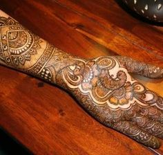 Stylish Pakistani Arabic and Indian Mehndi Designs. #arabicmehndi, #mehndidesigns, #pakistanimehndi, #Indianmehndi
