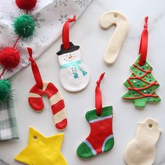 How to make Salt Dough Ornaments Easily Make special memories with this simple and fun Salt Dough Ornament Recipe for Christmas. Learn how to make salt dough ornaments so easy the entire family can help! This great ornament DIY is perfect for kids. Salt Dough Christmas Ornaments, Christmas Decorations For Kids, Christmas Ornament Crafts, Christmas Activities, Holiday Crafts, Christmas Diy, Christmas Parties, Christmas Treats, Christmas Cookies