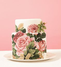 Chintz Cabbage roses hand-painted wedding cake | Tallant House | seattlebridemag.com