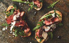 Peppered Steak Tagliata Crostini