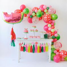 Summer is here! Watermelon parties are a genius idea! It's bright and colorful perfect for a summer BBQ or birthday party. This DIY party is really easy from the paper banners to the watermelon cupcakes! Here's 16 DIY watermelon party ideas! Watermelon Birthday Parties, Fruit Birthday, Fruit Party, First Birthday Parties, Birthday Party Themes, Girl Birthday, Watermelon Dessert, Watermelon Cupcakes, Sweet Watermelon