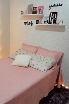 Room Ideas Bedroom, Girl Bedroom Designs, Small Room Bedroom, Bedroom Layouts, Home Decor Bedroom, Cute Room Decor, Teen Room Decor, Home Room Design, Aesthetic Room Decor