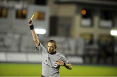 L'Union Belge de football professionnalise l'arbitrage | Football - lesoir.be
