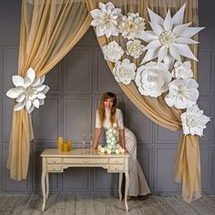Large Paper Flowers-Giant Flowers-Paper Flower Backdrop-Wedding Decorations-Wedding Backdrop-Decorative Wedding Bloom-Large Flowers Decor