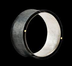 Gigi Mariani - Bracelet: Contact points, 2014 | Silver, 18kt yellow gold, niello, patina