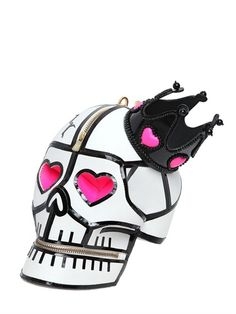 LEATHER SKULL CLUTCH WITH CROWN