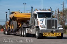 Peterbilt 389 Love's truckstop Ft Pierce Florida Feb 2015