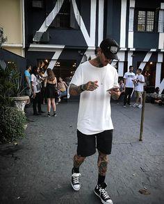 Dando sequência na nossa tag #HomemdeEstilo com o modelo/dj Mateus Verdelho. Mateus Verdelho é natural de Ribeirão Preto, ex-estudante de publicidade e turismo, nascido em 12/02/83. Como modelo já…
