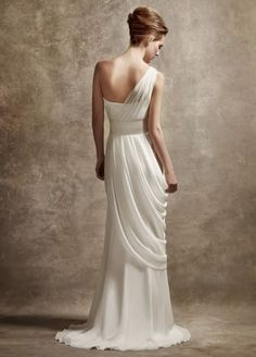 Beautiful hang on wedding dress
