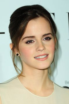Emma watson - flawless understated makeup.